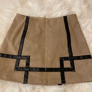 Guess tan suede skirt with leather designs
